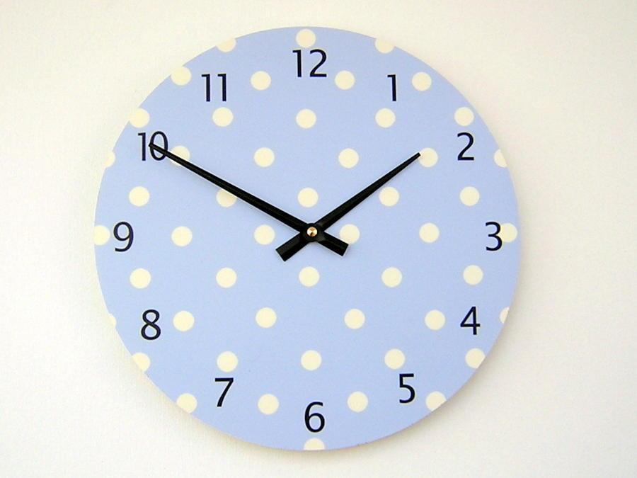 Spotty Clock