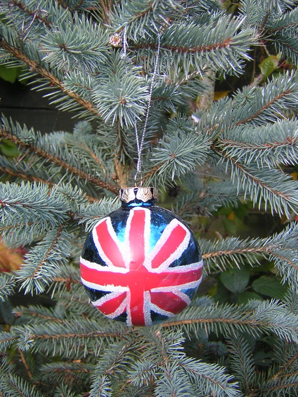 Union Jack Bauble